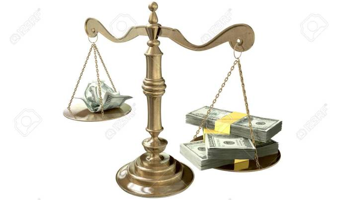 25788419-an-old-school-bronze-justice-scale-with-stacks-of-us-dollar-money-on-one-side-and-a-few-crumpled-not.jpg
